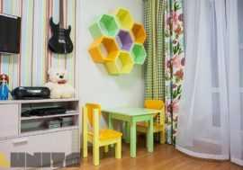 Набор для детской: стулья, стол, полки