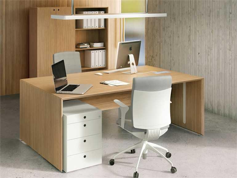 Все о правильных письменных столах